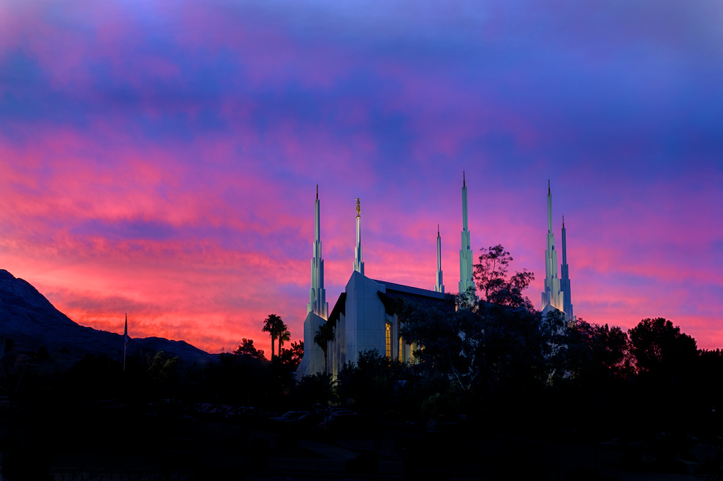 The morning dawns over the Las Vegas Temple